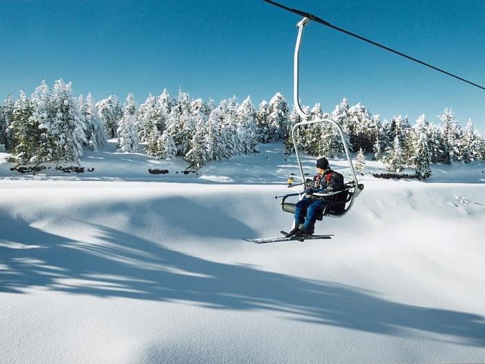 卡泰里尼(Elatochori)中心滑雪...