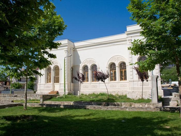 加齐艾夫雷诺斯陵墓